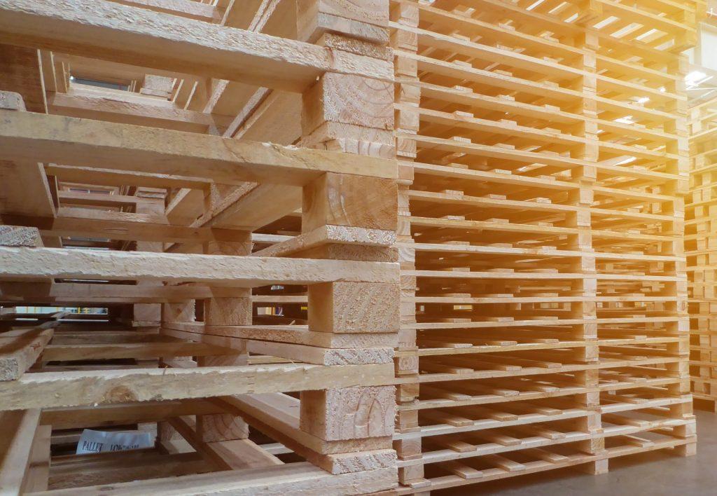 Barbarie PALOX bois et palettes de fabrication 100% française Le groupe Familial, BARBARIE est spécialisé dans la fabrication de palox, caisses en bois pour le transport et le stockage des fruits et légumes et de palettes spéciales pour le transport et la logistique. Il est le leader européen de la fabrication de palox.